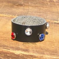 leather_cuff_wide_rwb_1359_logo_1024x1024